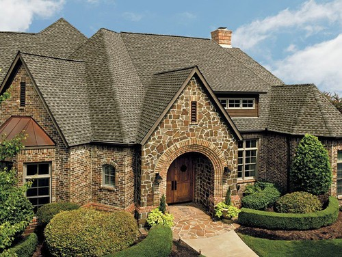 What brick and stone are used on this beautiful home for Beautiful brick and stone homes