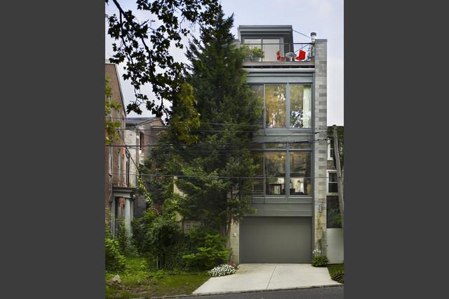 Girard townhouse philadelphia pa modern exterior for Modern townhouse exterior