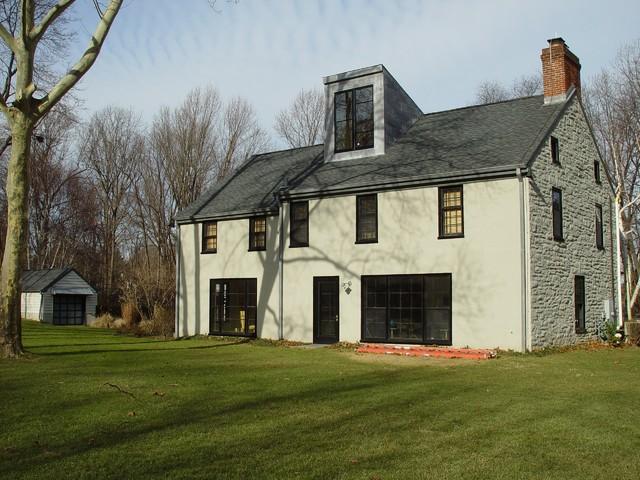 Gladwyn Residence traditional-exterior