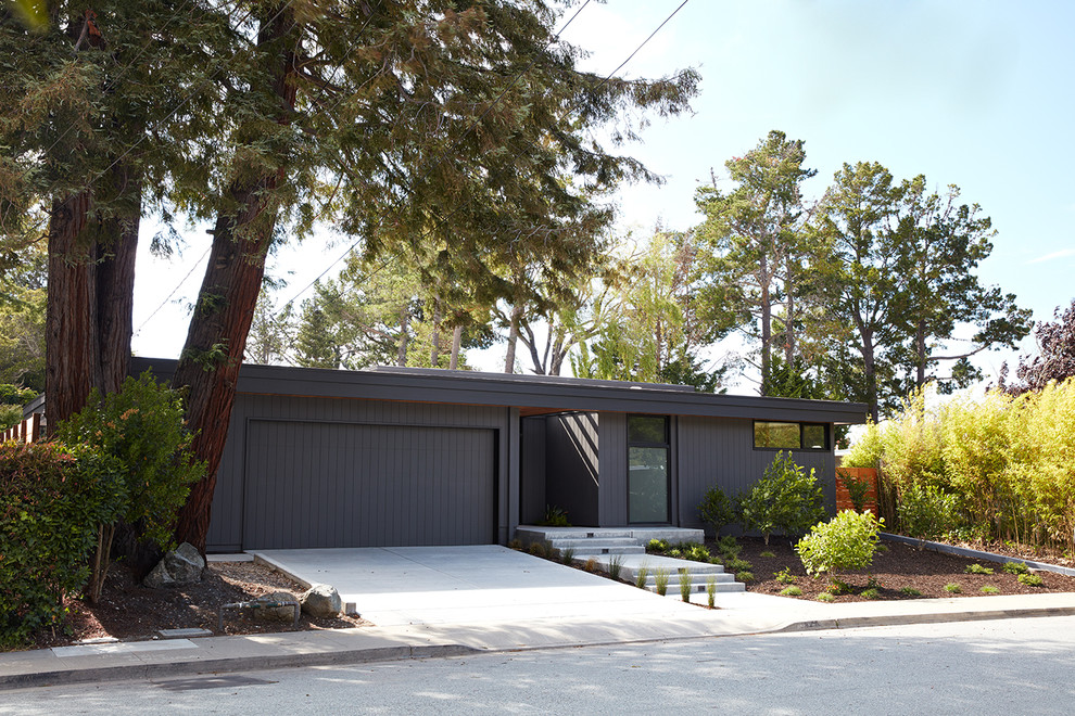 Inspiration for a modern exterior home remodel in San Francisco
