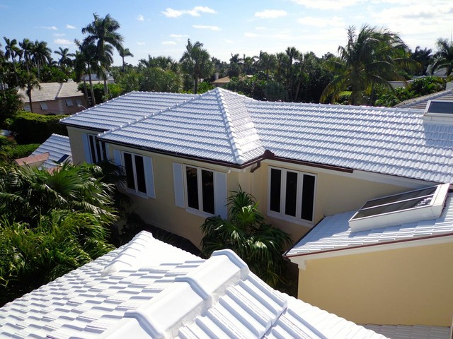 Glazed Roofs tropical-exterior