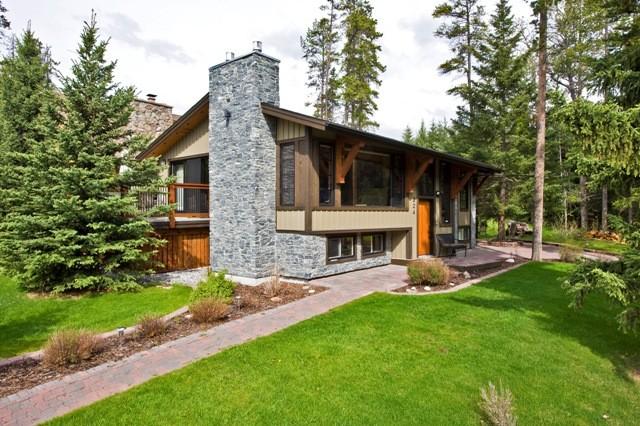 GLEN CRESCENT RENOVATION Contemporary Exterior Calgary By Sticks St