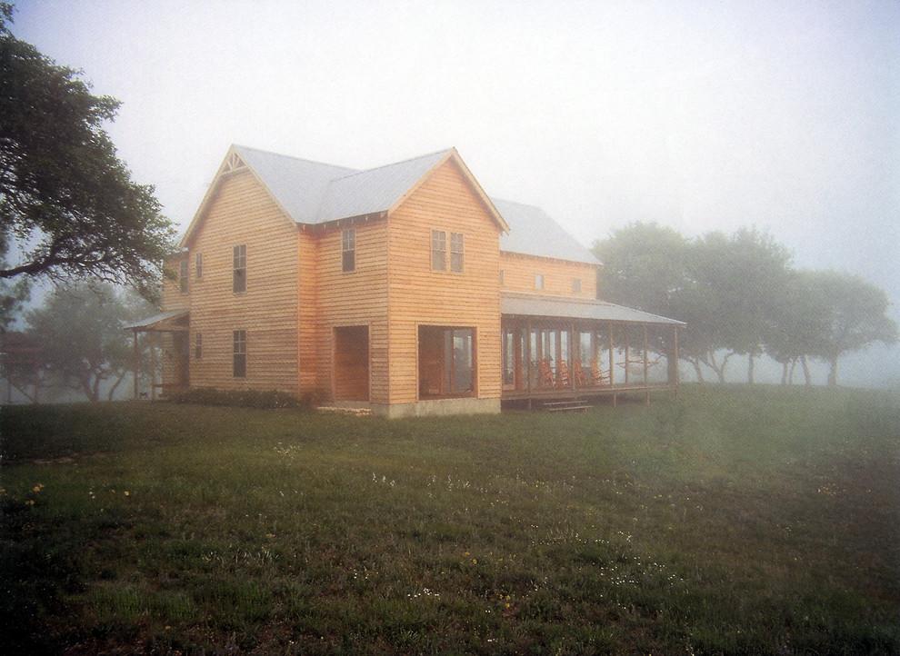 Cottage exterior home idea in Austin