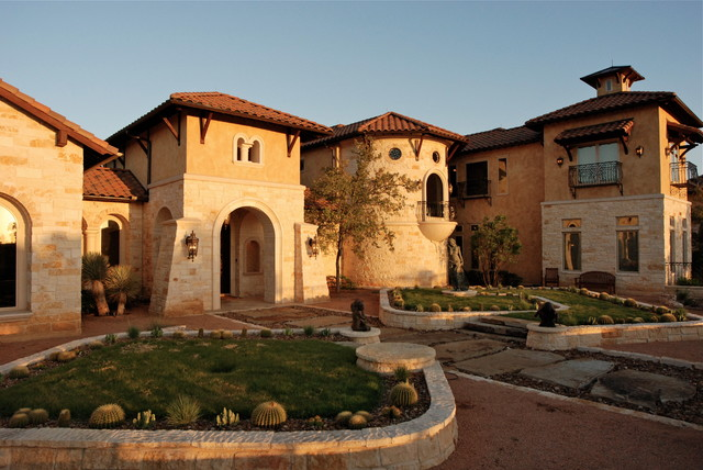 Gorgeous Traditional Tuscan home in Boerne's Hill Country mediterranean-exterior