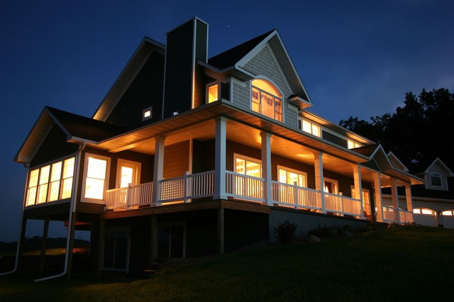 Graceland traditional-exterior