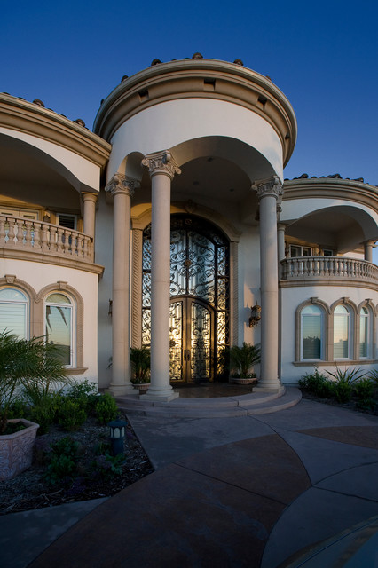 Grand mediterranean estate mediterranean exterior for Grand entrances