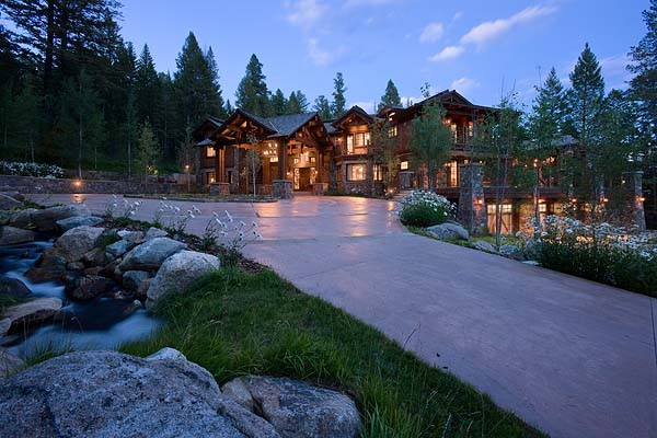 Granite Ridge Residence traditional-exterior