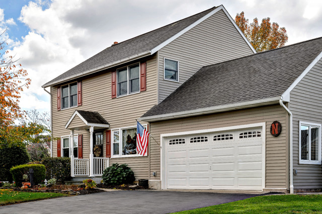 Great room addition garage in palmer township for Great room addition