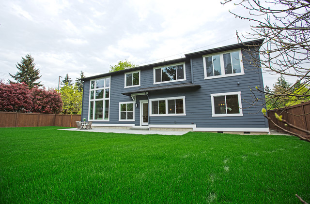 Greater seattle area the athenia craftsman exterior for Seattle area home builders