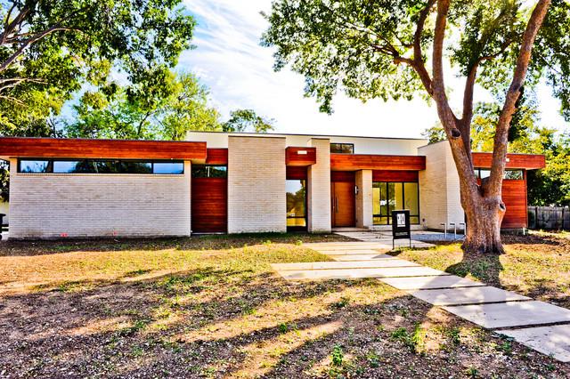 Greico Modern Homes Sleepy Project Dallas Exterior
