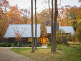 Houzz Tour: Contemporary Home in the Woods Turns Nature Into Art (9 photos)