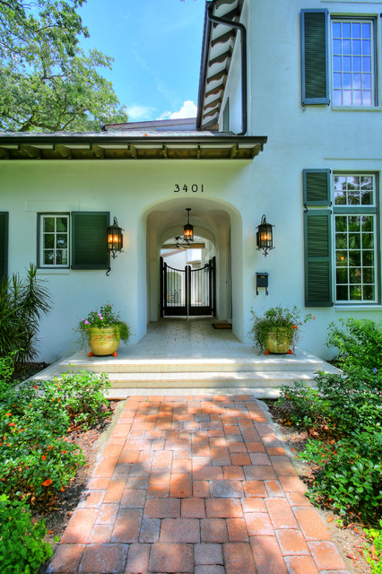 Hammond-Stallworth Residence tropical entry