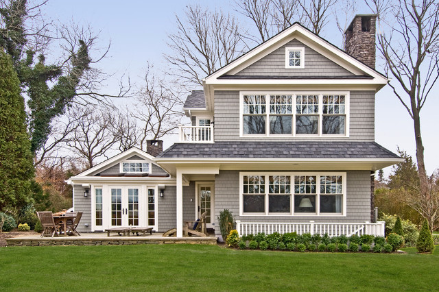 Hamptons for Beach style house exterior