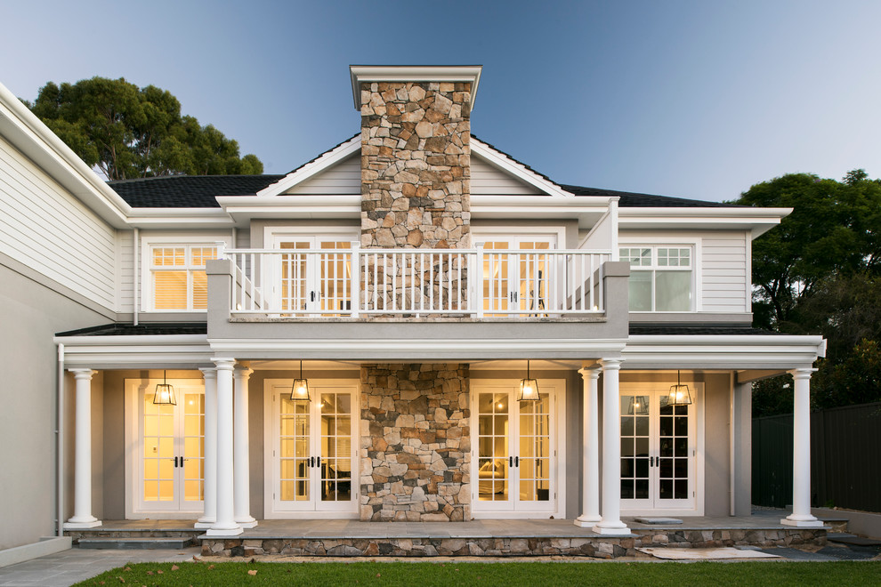 Hamptons Style Residence With White Painted Joinery Traditional Exterior Perth By Cedar West Pty Ltd Houzz