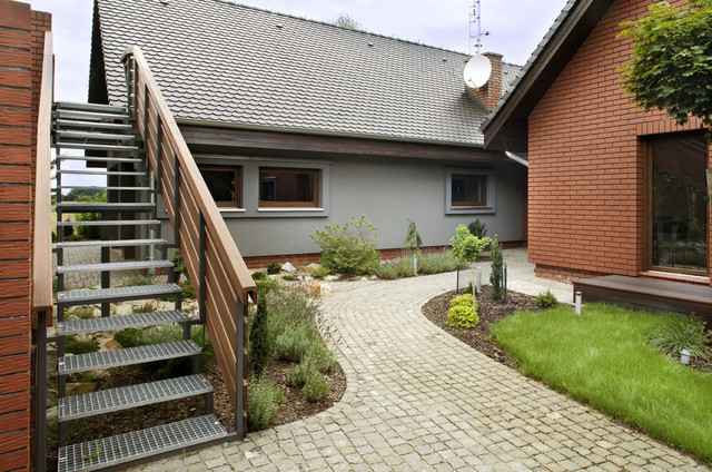 haus with stone and wood contemporary-exterior