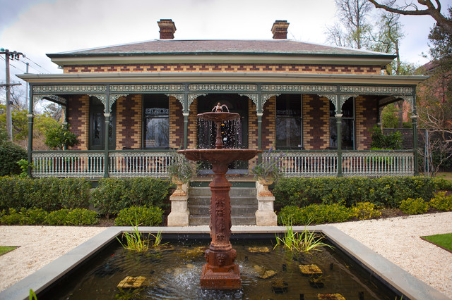 Roots of Style: The Historic Australian Brick House