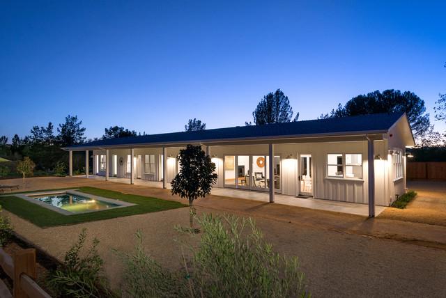 Healdsburg modern ranch for Long ranch house plans