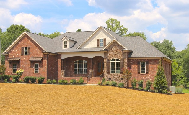 Hendersonville rancher craftsman exterior nashville for Wallace custom homes