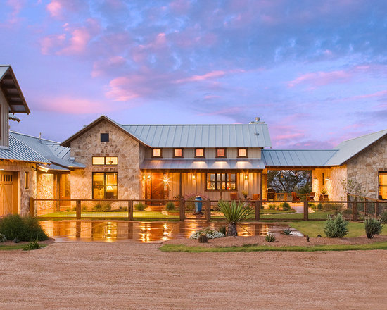 Western ranch home design ideas pictures remodel and decor for Western ranch style house plans