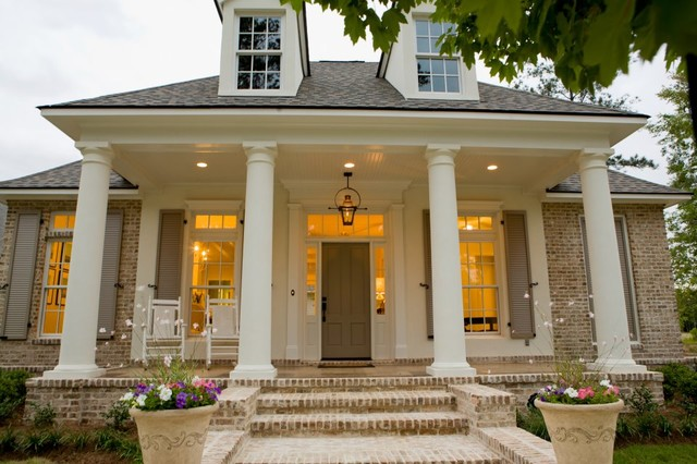 Highland Homes Traditional Exterior