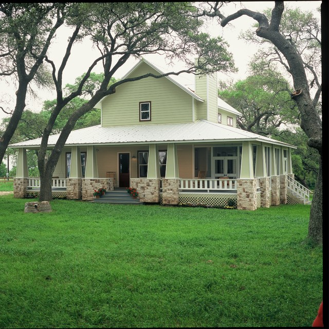 Hill country retreat farmhouse exterior houston by for Texas hill country homes