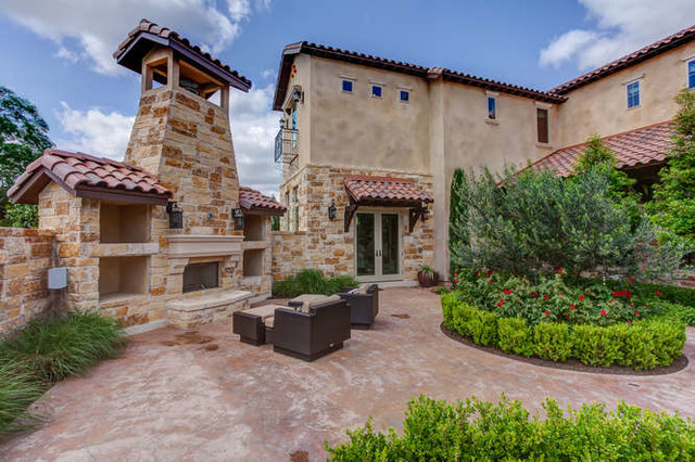 Hill Country Tuscan Home With Courtyard Mediterranean