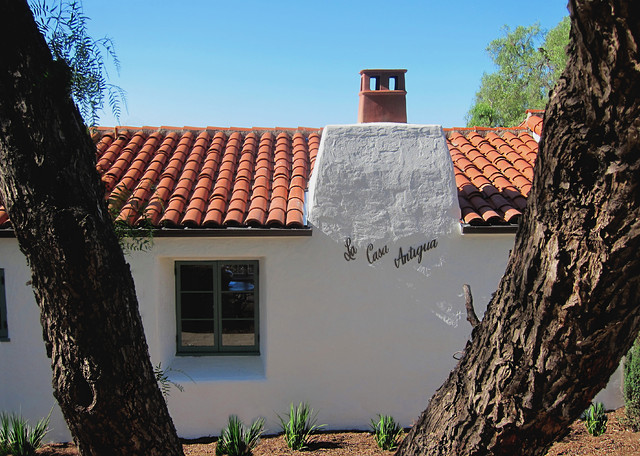Historic Spanish Style Fireplace Chimney With New Terra