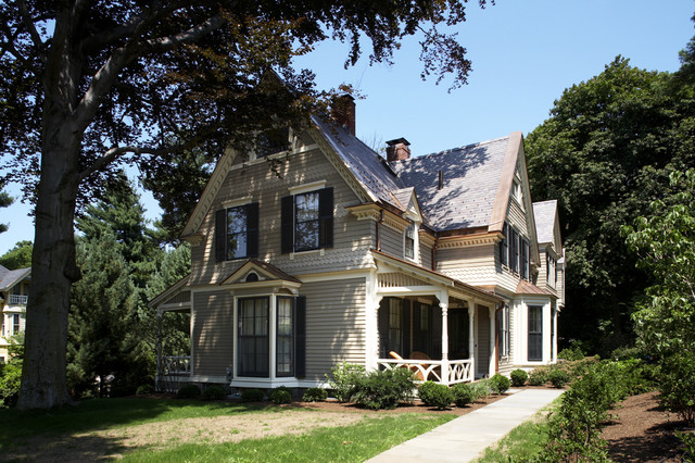 Historic victorian exterior victorian exterior boston by lda architecture interiors for Victorian exterior color schemes