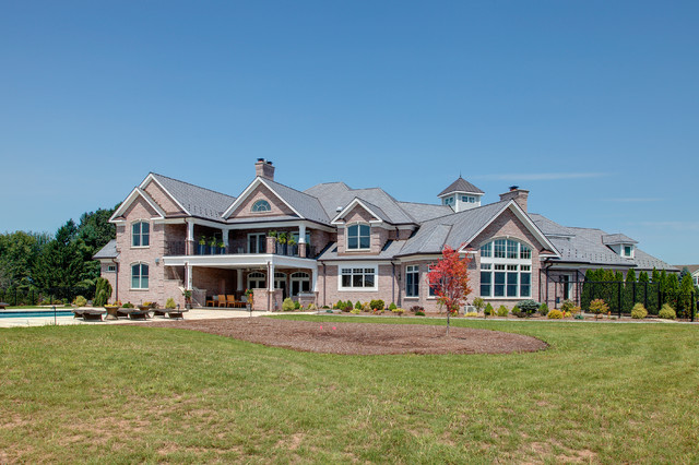 Hobi award best home over 10 000 sq ft 2013 traditional for 10000 square foot house