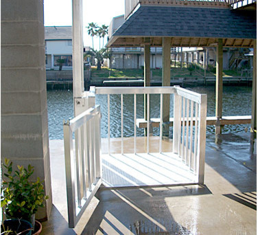 Home cargo lifts aluminum and stainless steel for Outdoor elevators for beach houses