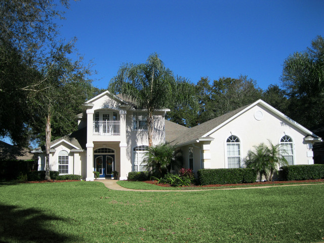 HOMES SOLD traditional-exterior