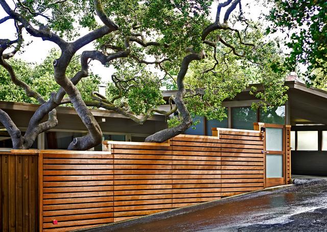 Horizontal Fence Driveway Contemporary Exterior San