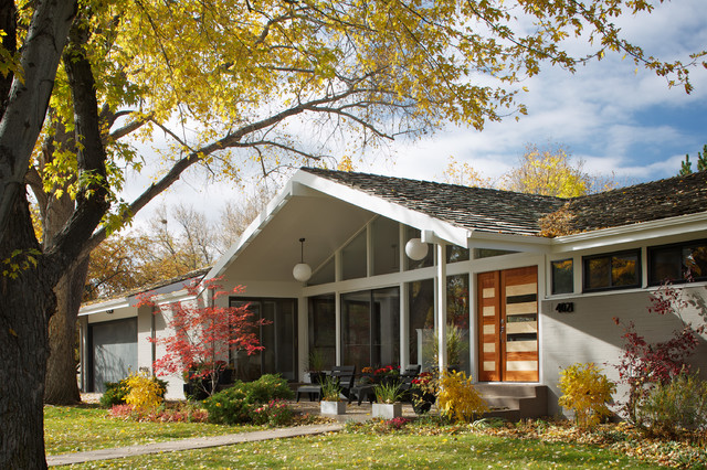 Hornstein Residence midcentury-exterior