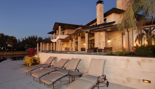 Horseshoe Bay Lakehouse Exterior contemporary exterior