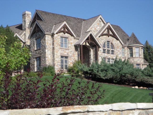 House exterior 8 traditional-exterior