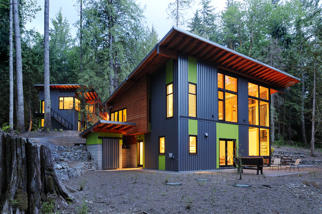 House in the woods contemporary exterior seattle for Modern house in the woods