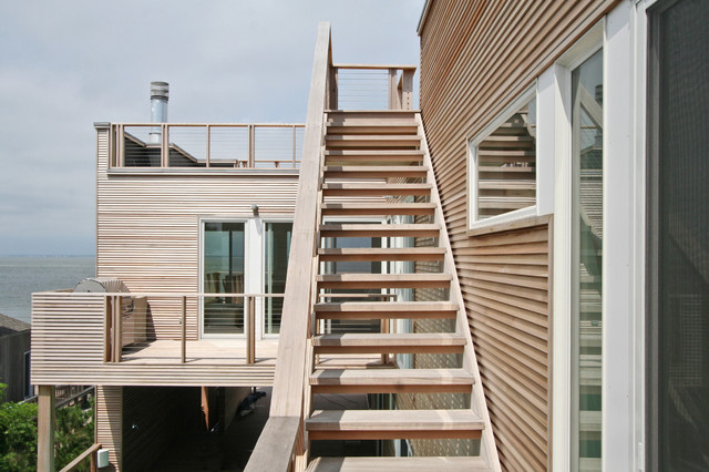 House on Fire Island exterior modern-exterior