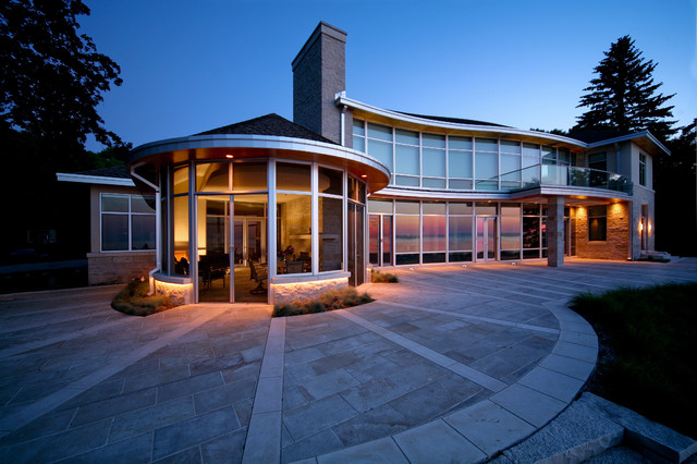 House on Lake Michigan contemporary-exterior