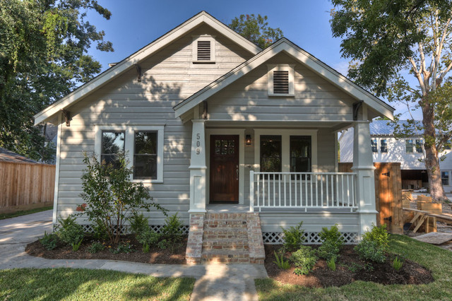 Houston heights bungalows for Craftsman style front porch