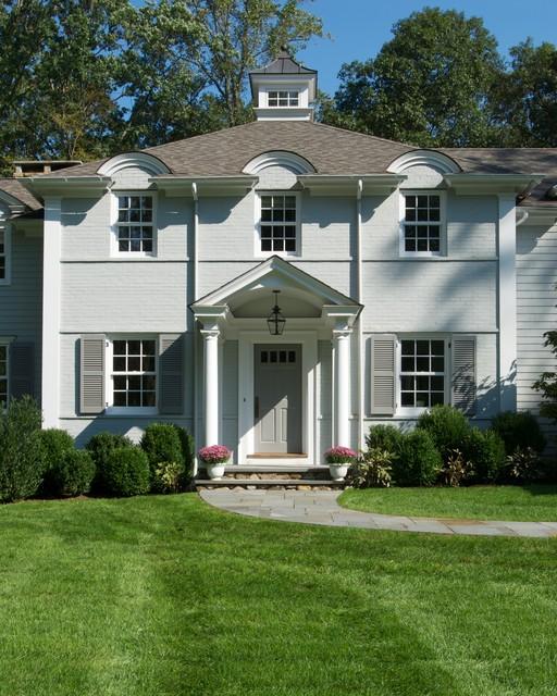 Traditional Exterior Homes: Huestis Tucker Architects, LLC