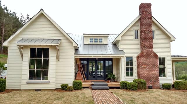Hunt Box Giles County Tennessee Farmhouse Exterior