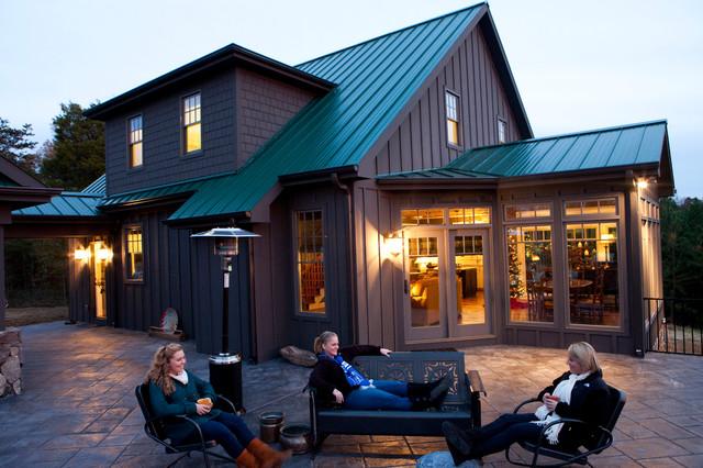 Hunting Lodge rustic-exterior