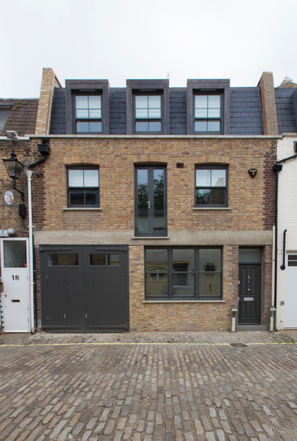 Hyde park mews house traditional exterior london for Exterior design specialists