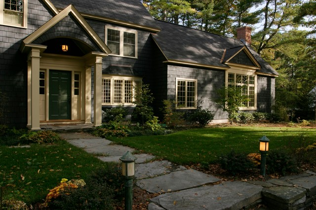 Hanover New Hampshire Shingle Style Town Residence traditional-exterior