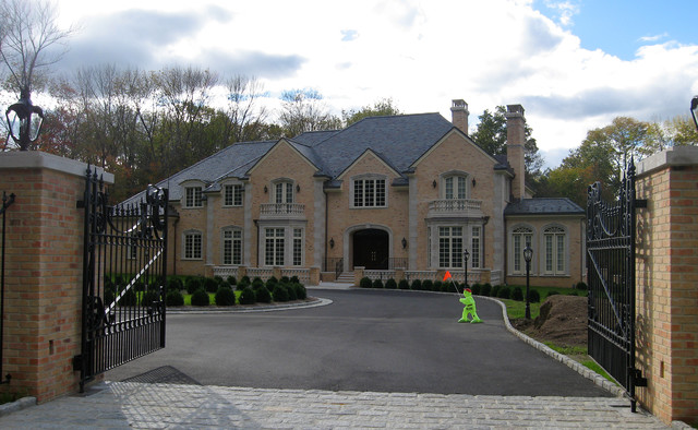 Indiana Limestone Facade Bedford Ct Traditional Exterior New York By Architectural