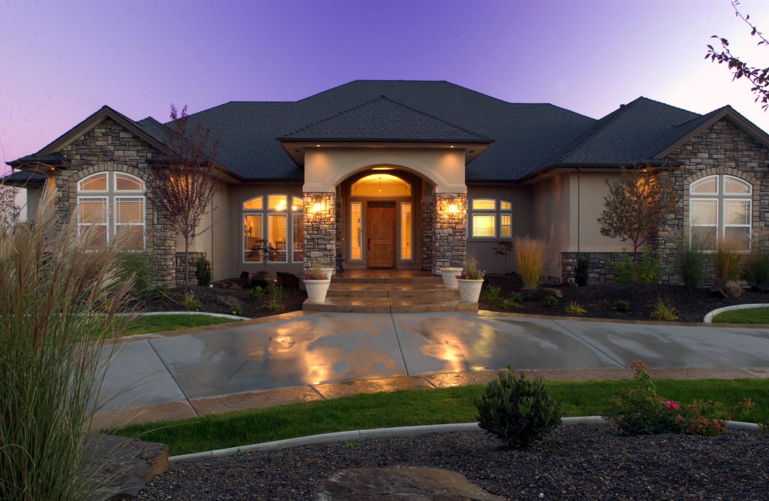 Interior and Exterior Luxury Lighting Home Design