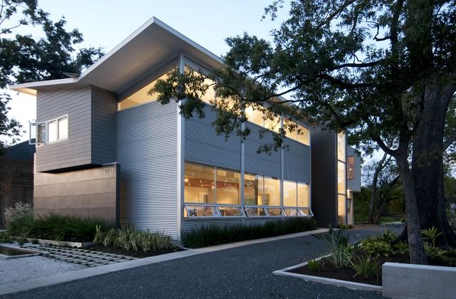 Intexure Live-Work Studio modern-exterior