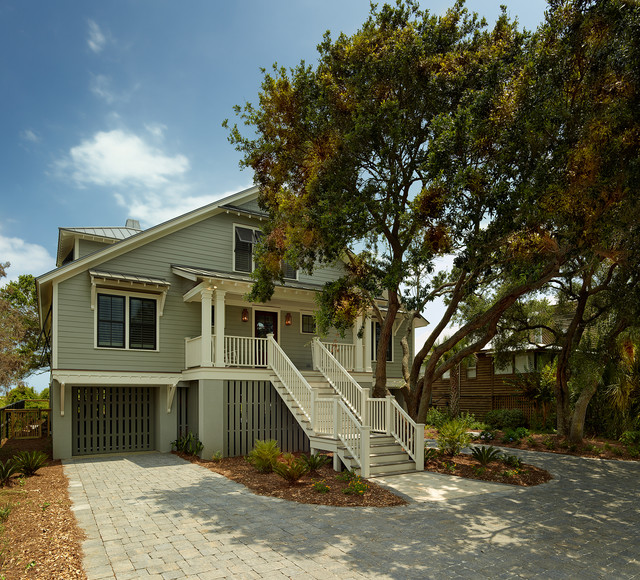 Isle of palms tropical exterior charleston by for Tropical exterior house colors