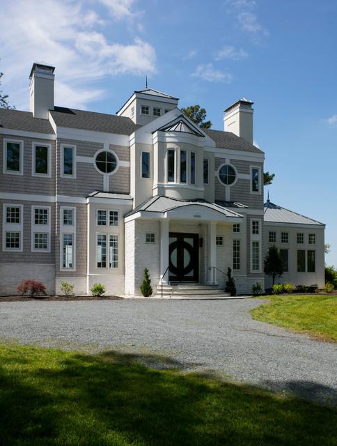 Isthmus House