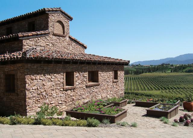 Italian Villa Stone Vineyard Home Coronado Stone Siding